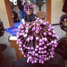 Spiral perm More Sure, the bushy perms of the might be out of vogue, but there are abundance (generic term) of modern hair Curly Permed Hair, Curly Hair Styles, Perm Hair, Permed Hairstyles, Modern Hairstyles, Perm Rod Sizes, Wet Set, Waves Curls, Perm Rods