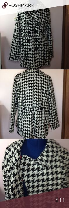 Rue 21 Houndstooth Jacket- Size XL Rue 21 Houndstooth jacket. Size XL.  Double breasted with side pockets. Never worn. From a smoke free home. There are pink marks on the button holes, which may be left over from the manufacturing. They are unnoticeable when closed. Rue 21 Jackets & Coats Pea Coats