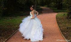 #mariage #WeddingDress #FraiseauLoup  Modèle : Ornella Salvat Photographie - M.Coraline Photography  Robe : Fraise au Loup Créations   https://www.facebook.com/fraiseauloup  E-Shop : https://www.etsy.com/fr/shop/AtelierFraiseAuLoup?ref=hdr_shop_menu