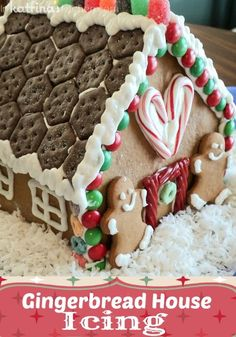 Gingerbread House Icing - the perfect small batch Royal Icing recipe for decorating cookies or holding gingerbread houses together! Gingerbread House Icing, Christmas Gingerbread House, Noel Christmas, Christmas Treats, Holiday Treats, Gingerbread House Frosting Glue Recipe, Xmas, Best Gingerbread Cookie Recipe, Miniature Christmas