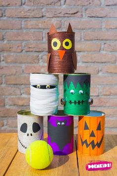 Super fun Halloween Party Activity - Halloween Tin Can Bowling! Make your own Halloween Characters from Frankenstein, to Zombies, Black Ctas and our favourite - the Mummy! Dulceros Halloween, Adornos Halloween, Toddler Halloween, Halloween Birthday, Halloween Party Activities, Halloween Party Treats, Halloween Activities For Kids, Festa Hotel Transylvania, Halloween Porch Decorations