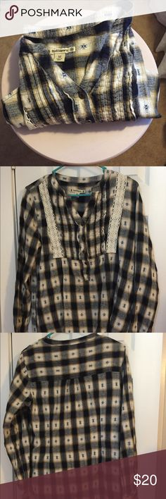 Ruff Hewn medium flannel tunic Great condition. Ruff Hewn flannel tunic. Pair with skinny jeans and booties for fall. Ruff Hewn Tops