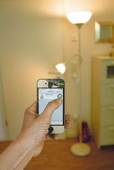 Fernbedienung via WLAN - Lichtsteuerung Leuchten einfach fernsteuern – das ist auch mittels App möglich. Die Elektronik in deiner Wohnung kannst du mit deinem Smartphone steuern – super Sache!