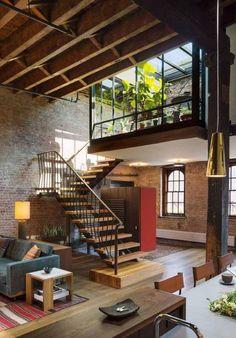 Describe this loft in ONE word! The Tribeca Loft is an old 1884 cavier warehouse. Describe this lo Loft Estilo Industrial, Industrial Loft Apartment, Industrial Style, Industrial Home Design, Vintage Industrial, Loft Apartment Decorating, Container Home Designs, Container Homes, House Ideas