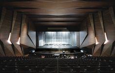 Archgasm: Tyrolean Festival Hall in Erl
