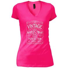 Vintage Aged To Perfection 1957 - 61st Birthday Gift T-shirt