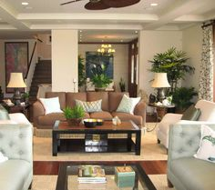 beach style room designs with decorative lighting