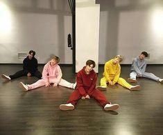 Images and videos of A.C.E Jason Couple With Baby, Fandom, Kpop, New Love, Vixx, Yoona, K Idols, Boy Groups, Asian Boys
