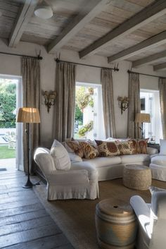A WHITE HOUSE IN CONSTANTIA - Mark D. Sikes: Chic People, Glamorous Places, Stylish Things
