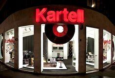 Escaparate de la firma Kartell para los diseños de Lenny Kravitz