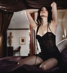 """'Defiance' Star Mia Kirshner is Sexy as Ever (1 of 10) 