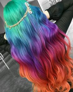 Trendy Rainbow Long Hair Color Trends To Rock In 2018 Rainbow Hair Color Ideas for 2018 Pretty Hair Color, Beautiful Hair Color, Hair Dye Colors, Ombre Hair Color, Rainbow Hair Colors, Ombre Hair Rainbow, Hair Colours 2018, Rainbow Hair Highlights, Dyed Hair Pastel
