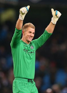 Joe Hart of Manchester City celebrates towards his supporters ...