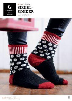 Søkeresultater for « Slipper Boots, Jumpers, Slippers, Socks, Knitting, Fashion, Knitting Socks, Threading, Moda