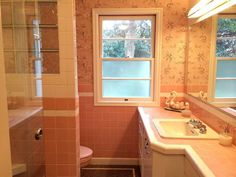 Are Pink Bathrooms Making a Comeback?