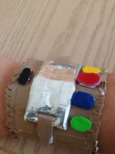 The DIY cuff by http://jindaleebooks.tumblr.com
