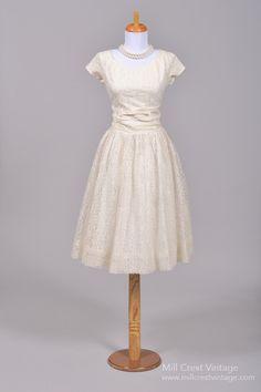 1950 White Lace Vintage Wedding Dress