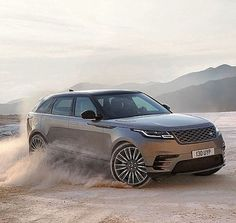 This is the Range Rover Velar, a sporty new SUV from Land Rover that will compete against the likes of the Porsche Macan, Mercedes-Benz GLE Coupe and BMW Range Rover Sport, Range Rovers, Range Rover Evoque, Range Rover 2018, The New Range Rover, Motor Diesel, Porsche Macan, Porsche 2017, Jaguar Land Rover