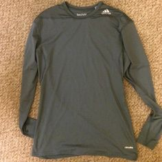Women's Adidas techfit gray long sleeve top Climalite gray long sleeve top, never worn, extremely breathable Adidas Tops Tees - Long Sleeve
