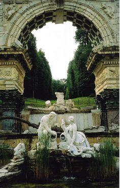 Schoenbrunn Ruins
