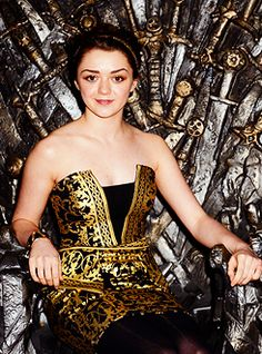 Marmot Face, Maisie Williams on the Iron Throne