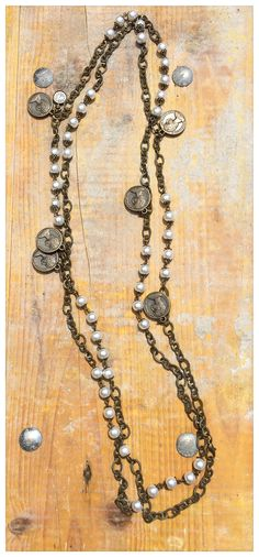 DIY necklace!!!!<3 Gold and coins