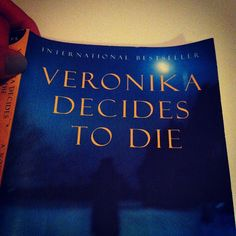 Veronika Decides To Die - Paulo Coehlo