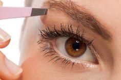 ***¿Cómo Depilarse las Cejas en 5 Pasos?*** Aprende el truco definitivo para depilarse las cejas como si hubieras estado en el salón de belleza, en minutos y en casa.....SIGUE LEYENDO EN.... http://comohacerpara.com/depilarse-las-cejas-en-5-pasos_11462b.html