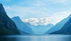 Het meer Eikesdalsvatnet in Møre en Romsdal, Noorwegen - Foto: Øyvind Heen/fjords.com