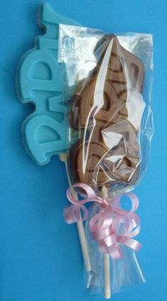Inspiration: Baby chocolate lollipop is a great party favor for a baby shower.