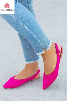 Flats Outfit, Jumper Outfit, Shoe Boutique, Blue Flats, Ballerina Shoes, Pointed Toe Flats, Womens Flats, Heels, Loafers
