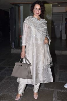 From Anushka Sharma's simple white look to Alia Bhatt's red brocade number, these celebrity kurtas are perfect for your Rakhi celebrations Casual Indian Fashion, Indian Fashion Trends, India Fashion, Fashion Styles, Indian Wedding Outfits, Indian Outfits, Bridal Outfits, Pakistani Dresses, Indian Dresses
