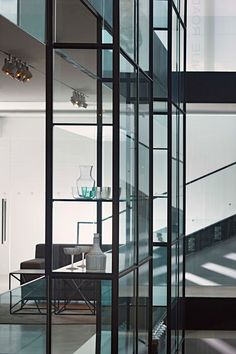 Avenue Road Design by Yabu Pushelberg - Architecture & Interior Design Ideas and Online Archives Architecture Building Design, Interior Architecture, Yabu Pushelberg, Stair Detail, Interior Decorating, Interior Design, Interior Styling, Ares, Glass Material