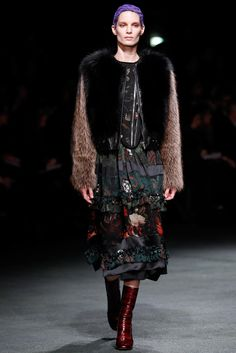 Givenchy Fall 2013 Ready-to-Wear