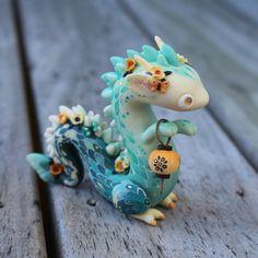 I've got three Lantern Dragons for auction on. Fimo Kawaii, Polymer Clay Kawaii, Polymer Clay Dragon, Polymer Clay Figures, Polymer Clay Sculptures, Polymer Clay Animals, Polymer Clay Charms, Polymer Clay Creations, Sculpture Clay