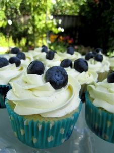 Lemon Blueberry Cupcakes with Lemon Meringue Buttercream