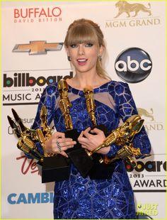 Taylor Swift & Madonna - Billboard Music Awards 2013 Press Room Pics | taylor swift madonna billboard music awards 2013 press room pics 13 - Photo