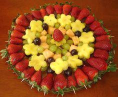 Fruit Platter Ideas for Parties | fruit tray idea