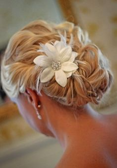 Custom Handmade Hair Clip Pin White Flower Feather Wedding Shabby Chic Rustic Decorations Bride Bridesmaid Accessories Gift pretty rolled side and curly back… not sure my hair is long enough for this and or how it would look from the front… Up Hairstyles, Pretty Hairstyles, Wedding Hairstyles, Wedding Updo, Bridal Updo, Hairstyle Ideas, Wedding Songs, Bridal Rings, Wedding Stuff