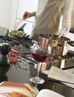Some prefer wine to cook ... ~.~