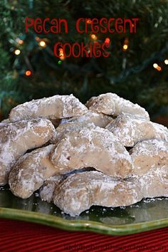 Pecan Crescent Cookies - Food Meme - One of my families favorite holiday cookies. Nothing fancy just buttery goodness. Pecan Crescent Cookie Recipe (makes doz) Ingredients 2 cups all-pu The post Pecan Crescent Cookies appeared first on Gag Dad. Cookies Receta, Yummy Cookies, Pecan Cookies, Almond Cookies, Shortbread Cookies, Chocolate Cookies, Spritz Cookies, Shortbread Recipes, Fancy Cookies