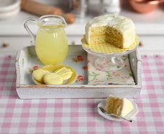 Miniature Lemon Cake with Lemonade and by CuteinMiniature Miniature Crafts, Miniature Food, Miniature Dolls, Lemon Buttercream Icing, Lemon Cookies, Cake Cookies, Tiny Food, Fake Food, All The Small Things