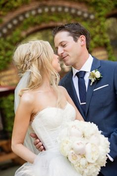 Lauren & Jake's wedding featured on Carats & Cake. Planned by Simply by Tamara Nicole Arctic Club Hotel, Seattle Wedding.  Photography by Alante Photography @alantephoto Makeup by Yessie Libby @YessieLibby , Cake by Honey Crumb Cake Studio @honeycrumb, Flowers by Bella Rugosa @rugosa , etc!