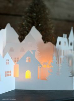 Paper Cut Winter Village for Your Holiday Decorations - 16 Winter-Inspired Paper Crafts to Welcome the Holiday Season Noel Christmas, Christmas Paper, Christmas Crafts, Vintage Christmas, Christmas Village Display, Christmas Villages, 3d Cuts, 3d Templates, Diy Paper