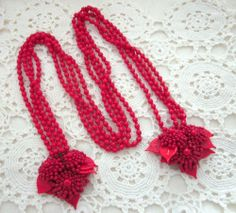 UNSIGNED HASKELL LARIAT NECKLACE DRESS CLIPS RED SWIRLED GLASS LEAVES BEADS