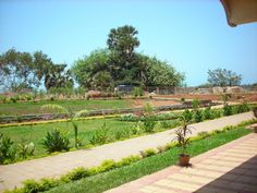 Dhamma Pattana Vipassana Meditation Centre Mumbai is situated atop a lush green hill, overseeing the sea, in a quaint village called Gorai a few kilometers away from Mumbai city and yet untouched by its stress and pollution.