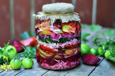 Salata de muraturi asortata Romanian Food, Slow Cooker, Mason Jars, Food And Drink, Canning, Vegetables, Healthy, Fine Dining, Preserves