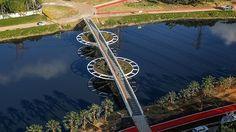 Bridge for bikers, Sao Paulo, Brazil  -  São Paulo ganha ponte para ciclistas sobre o Pinheiros
