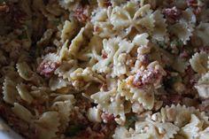 Overnight pasta salad - sun dried tomatoes and feta