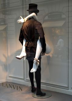 lanvin-window-pariss